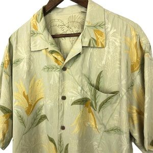 Tommy Bahama 100% Silk Button Up Shirt Size Large